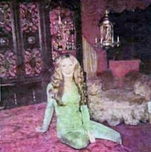 Linda Thompson in Elvis Bedroom